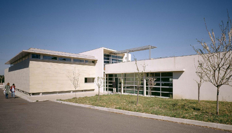 entrée - Bibliothèque départementale de Saint-Rémy-de-Provence - TAUTEM Architecture