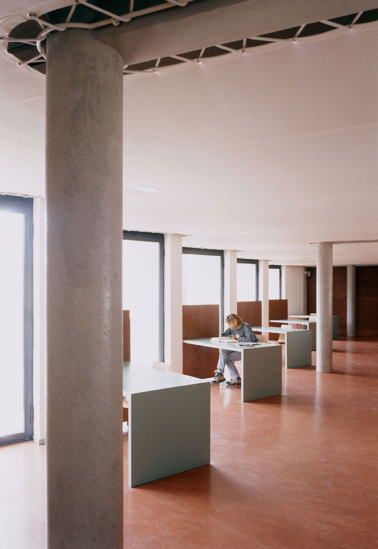 Bibliothèque universitaire Paul Valéry - Montpellier - TAUTEM Architecture - bureaux de travail