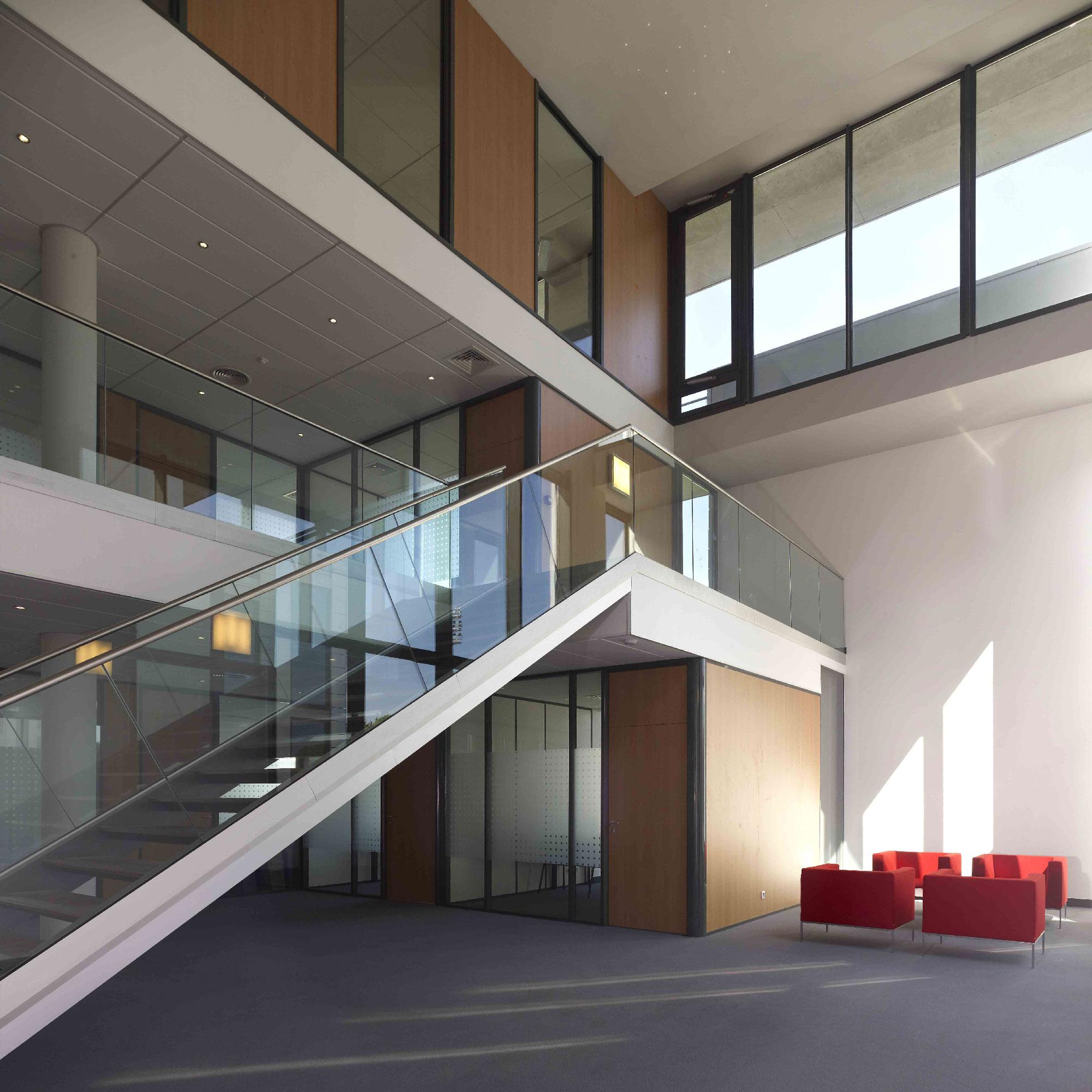 Crédit agricole l'Amandier - Avignon - TAUTEM Architecture - atrium