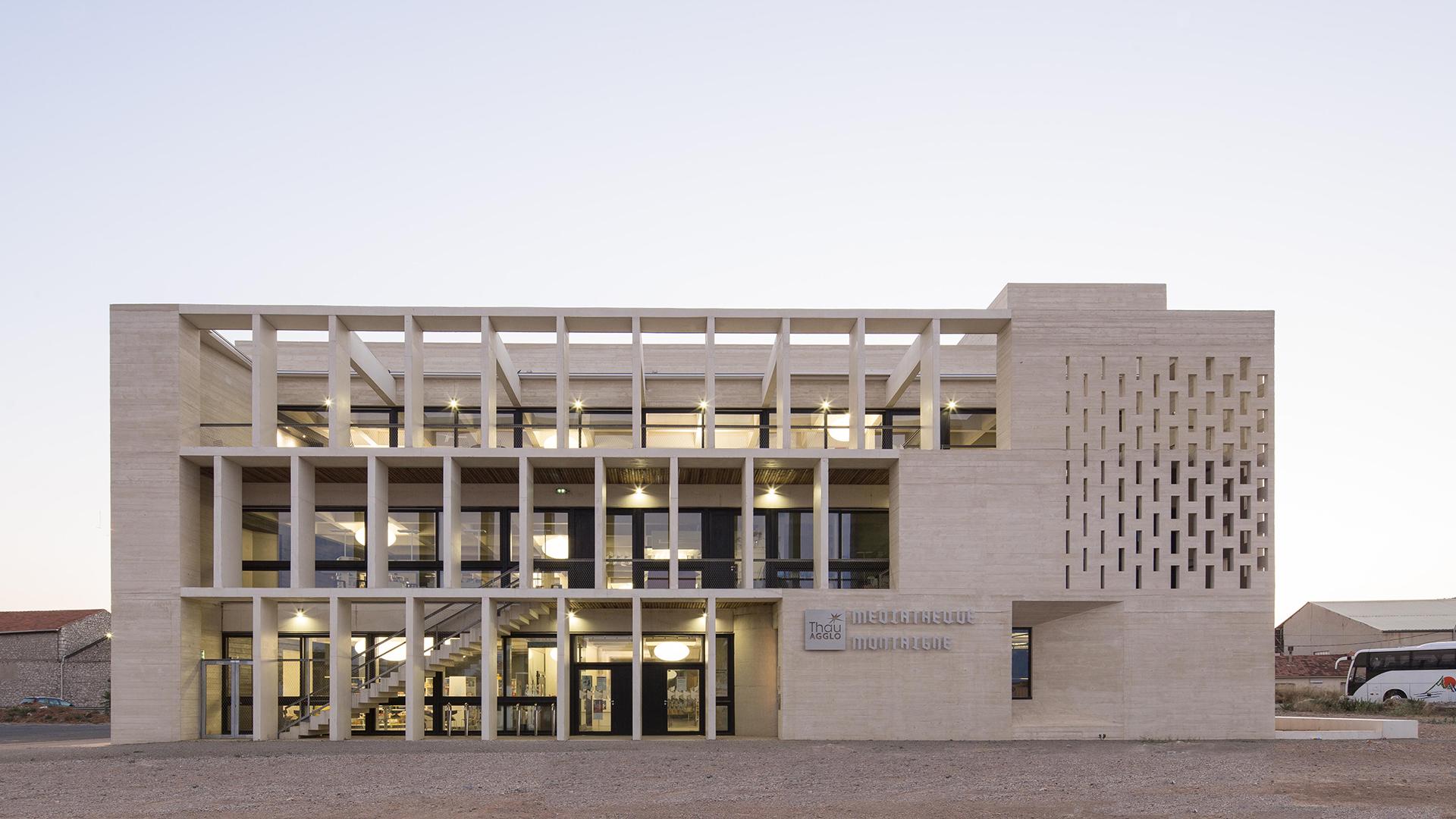 Médiathèque Montaigne – Frontignan